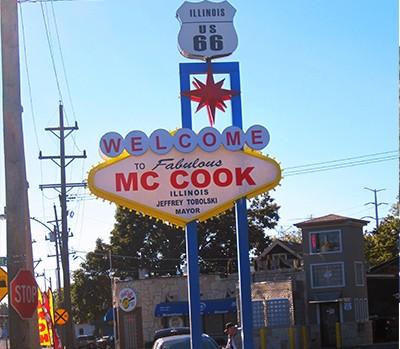 Book Limo McCook, Limo Service McCook, Car Service McCook, MCCook Car Service, Hire, Rent, Limo McCook, McCook IL Limousine Services
