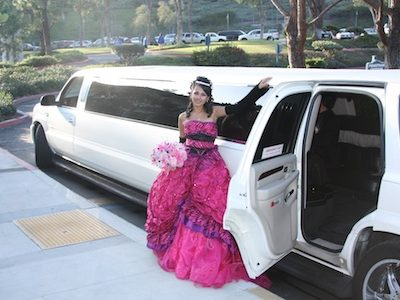 Sweet 16 limo. Sweet 16 limousine, Quinceanera Limo, Quinceanera Limousine, Special Occasion, Special Occasion Limo Service, Limousine Rental, Book, Hire, Rent, Wedding, Anniversary, Bridal Shower, Bachelor Party, Bachelorette Party, Birthday, Prom, Graduation, Special Day Transportation, Limo Service Chicago