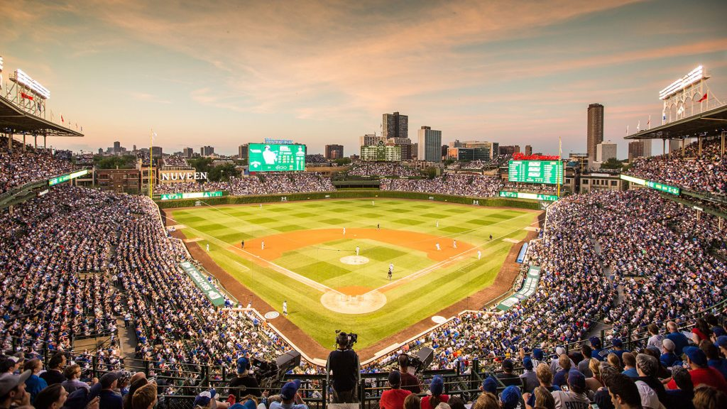 Limo Service Wrigley Field, Limo Cubs, Chicago Cubs Limo, Wrigleyville Limousine Service, Limo Rental Chicago Cubs