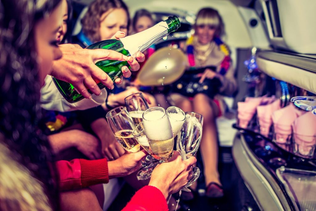 Party Bus O'Hare, Chicago, Limo Bus IL, Charter Party Buses