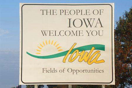 Book Limo Iowa, Limo Service Iowa, Hire, Rent, Limo Iowa, Iowa Limousine Service