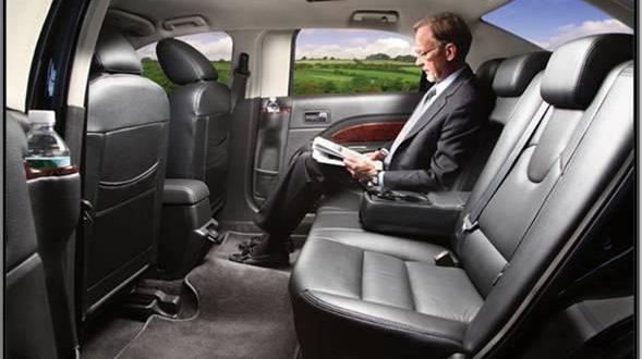 Corporate Limo Service Chicago, Private Car Service O'Hare